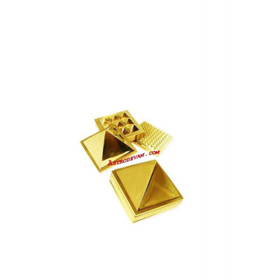 Brass 91 Pyramid - 5 cm (PYBR-001)