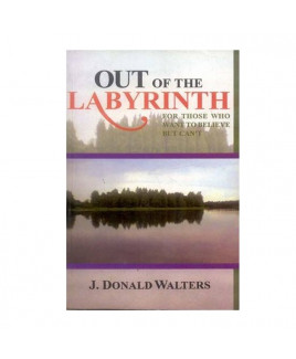 Out of the Labyrinth in English - Paperback- (BOAS-0549)