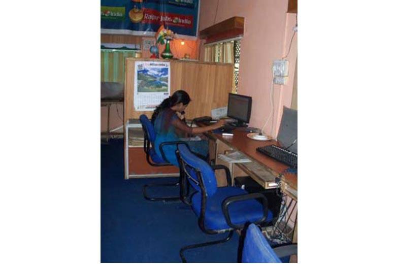 Vastu For Sitting Direction In Office